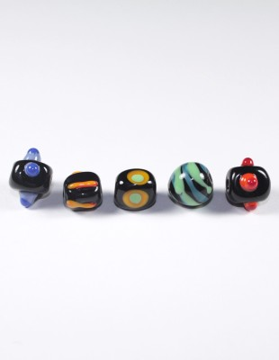Featured_MulticolouredBeads